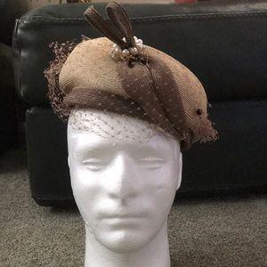 Accessories - Vintage woman's hat